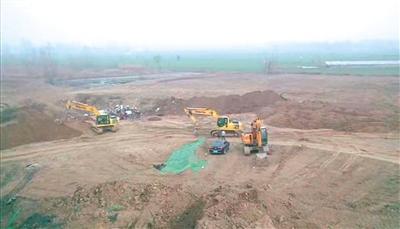 山東鄆城復墾地偷埋萬噸垃圾 是如何通過驗收的?